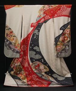 古典柄の上品な着物