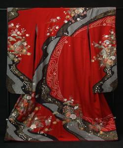 古典柄の上品な着物の衣装画像2