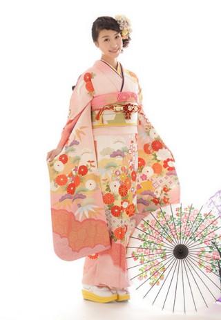 No.24063 【IKKO FURISODE】かわいいピンクがキュートな振袖