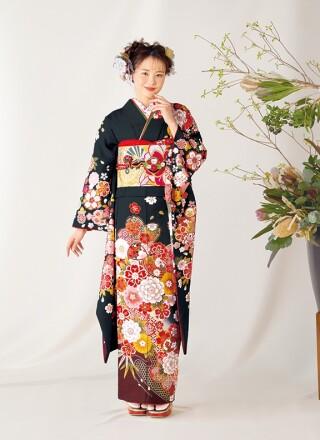 黒地振袖 桜に牡丹や手毬 YK1109