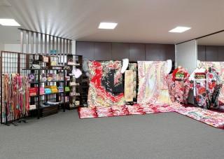三井呉服店の店舗画像3