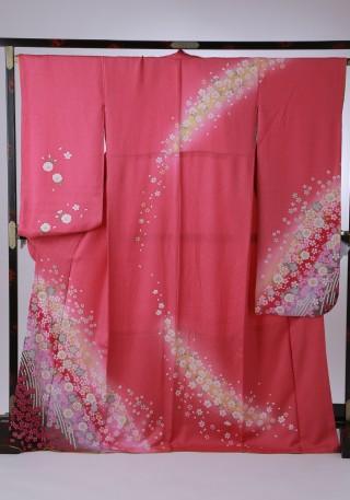 かわいらしいピンク上品スタイルの衣装画像1
