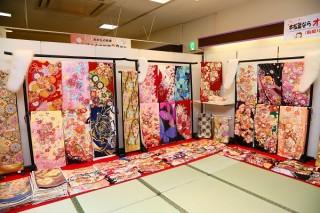 本きもの松葉 泉大津店の店舗画像4