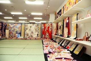 本きもの松葉 新金岡店の店舗画像2