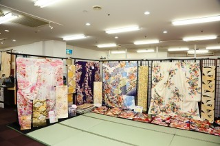 本きもの松葉 新金岡店の店舗画像3