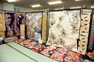 本きもの松葉 新金岡店の店舗画像4