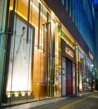 ラビアンローゼ名古屋店の店舗画像1