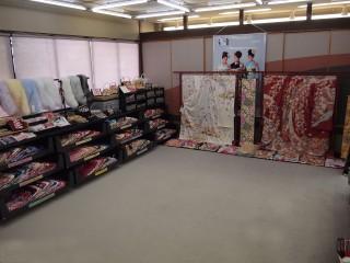 株式会社きもの潮見 本店の店舗画像1
