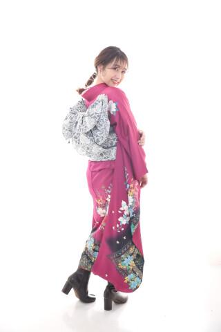 新作★大人気レトロモダンな振袖が登場!
