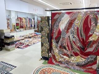 京呉服 ふじやの店舗画像2