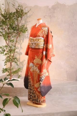 大人気ビンテージ振袖【橙】の衣装画像1