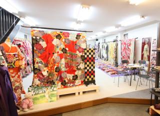 京美 彦根本店 振袖専門SHOP和楽の店舗画像1