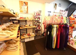 京美 彦根本店 振袖専門SHOP和楽の店舗画像3