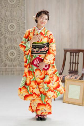 ◆花柄振袖-オレンジ-◆