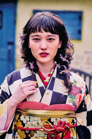 レトロ市松の衣装画像3