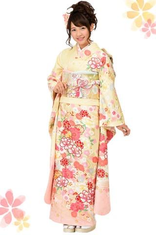 クリームイエロー×ピンクグラデーションの花柄振袖 【MKK-28006】の衣装画像1