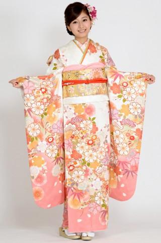 白地に桜と雪輪柄振袖【MKK-2903】の衣装画像2