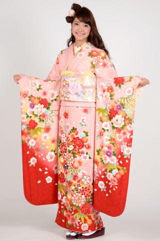 ピンク地に牡丹桜と扇面柄振袖 【MKK-28004】の衣装画像2