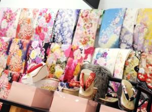 ファミリースタジオ イオンモール三光店の店舗画像3