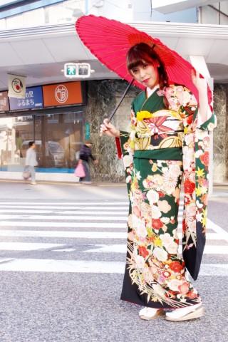 国際トータルファッション専門学校コラボコーディネートの衣装画像1