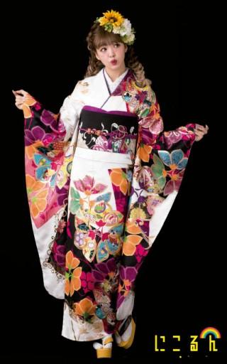 藤田ニコル フリソデ WHITEの衣装画像2