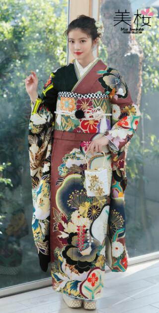今田美桜 最新フリソデ NEWLOOK!207の衣装画像2