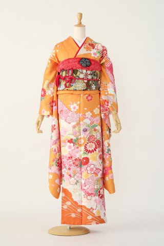 オレンジ古典振袖の衣装画像1