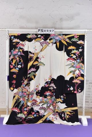 松竹梅 古典 振袖の衣装画像1