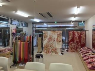 ぷりずむ館 越谷店の店舗画像2