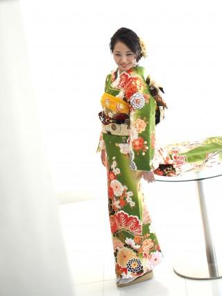 No.36855 緑×クリーム/黒大牡丹金縁・松・菊・蝶 FU-0396