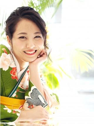緑×クリーム/黒大牡丹金縁・松・菊・蝶 FU-0396の衣装画像2