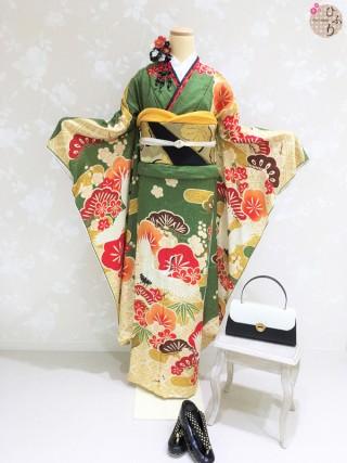 レトロな鶴のお振袖