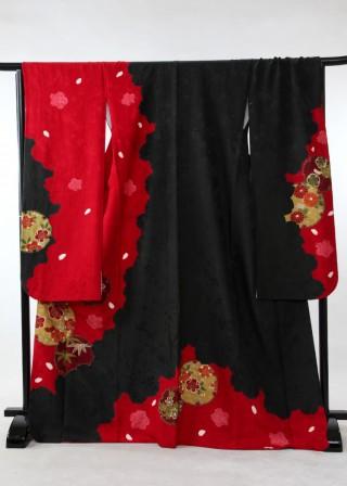 御振袖 赤の衣装画像2