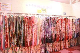 ジョイフル恵利 イオン新潟青山店の店舗画像3