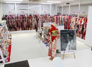 成人式サロンKiRARA 新潟米山店の店舗画像1