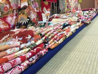 振袖の住吉 八幡浜店の店舗画像2