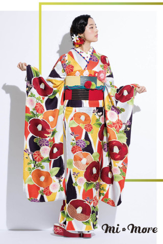mi*more「しゅやく」の衣装画像1