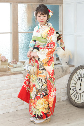 ROLA R-403 ベージュ菊花繚乱金彩 Mの衣装画像1