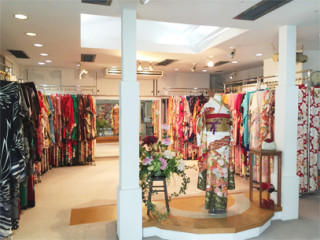 ブライダルコスチュームみつもとの店舗画像1