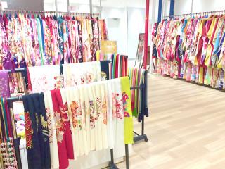 ぷりずむ館 キテミテマツド店の店舗画像3
