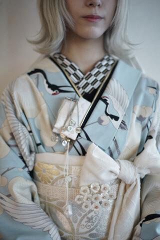 鶴柄の椎名林檎風振袖の衣装画像3