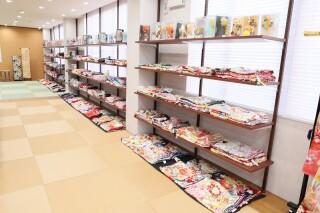 アニバーサリースタジオGarnet 静岡インター店の店舗画像2